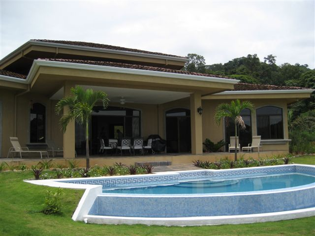 Ocean view house, for sale, near Dominical, close to Quepos, Hills of Portalon, luxury, retirement, vacation rental, close to the beach, airport, secure, private, jungle, wildlife, mountain view, investment opportunity, Dominical Real Estate 