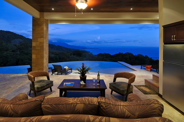 Homes for sale dominical escalares for Luxury vacation costa rica