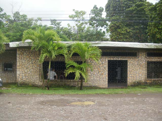 Commercial building for sale, Home, commercial opportunity, House, in Matapalo, Matapalo real estate, dominical real estate, self sustaining, rolling hills, close to town, beaches, restaurants, super markets, Jungle, private, Retirement, investment opport