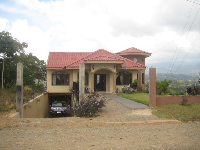 San isidro real estate, perez zeledon, family home, apartment, 4 beds, 4 bath, home for sale with downtown views, mountain views, river view, costa rica house for sale, retirement, schools, supers, banks, city, climate