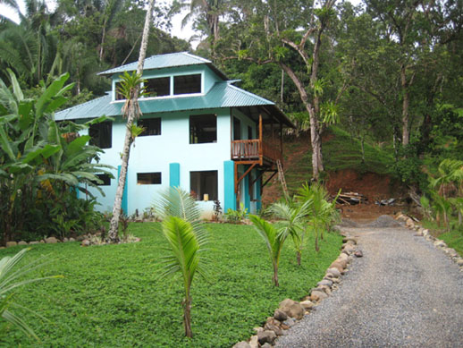 The Dominical Villa, walk to the beach, river house, home for sale, in Dominical, investment opportunity, retirement, vacation rental, surf, waves, Dominical